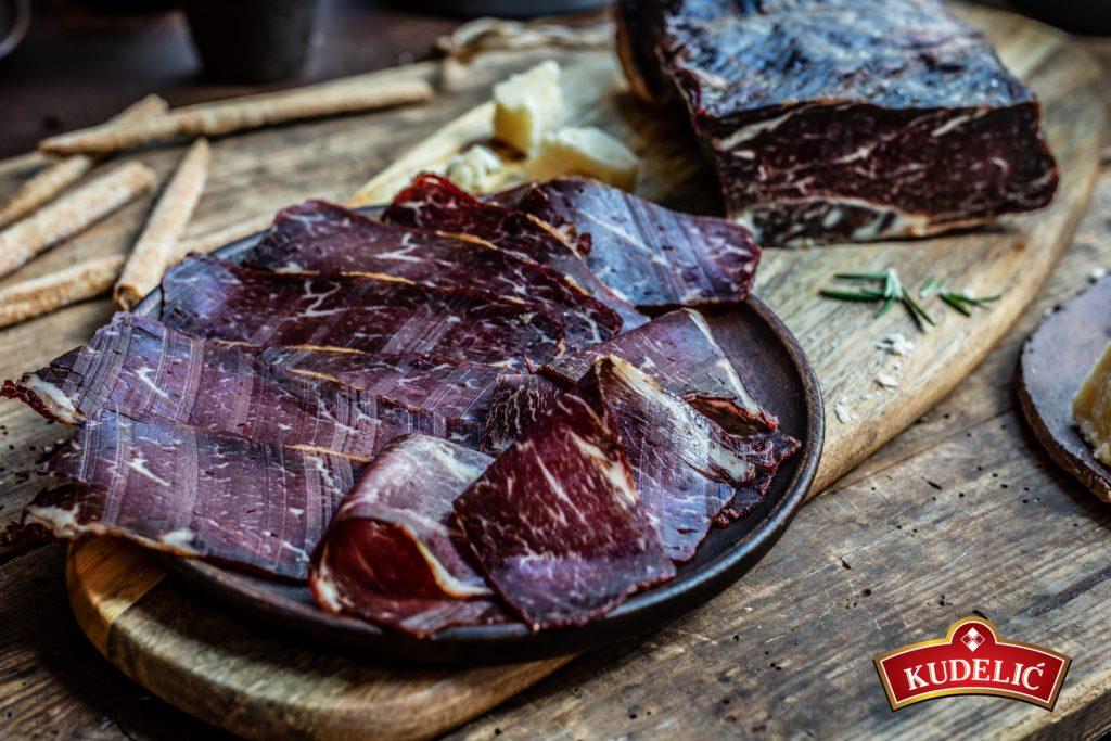 Dimljeno juneće meso